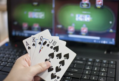 A large number of casual game developers are looking to online gambling as a way of boosting revenues and expanding their clientele.
