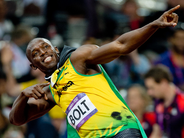 Usain Bolt has said he hopes for a trial for Manchester United, but failing that he would like to help the team perfect their sprinting technique.