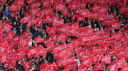 Manchester United Sign Deal with Asian Casino Resort Operator