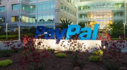 PayPal Returns to US Online Gambling Sites