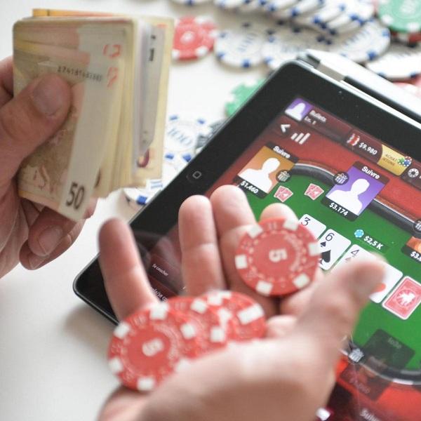 CMA Launches Probe into Online Casino Bonus Requirements