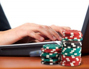 Chatting No Longer Limited to English Only on Microgaming Poker Network