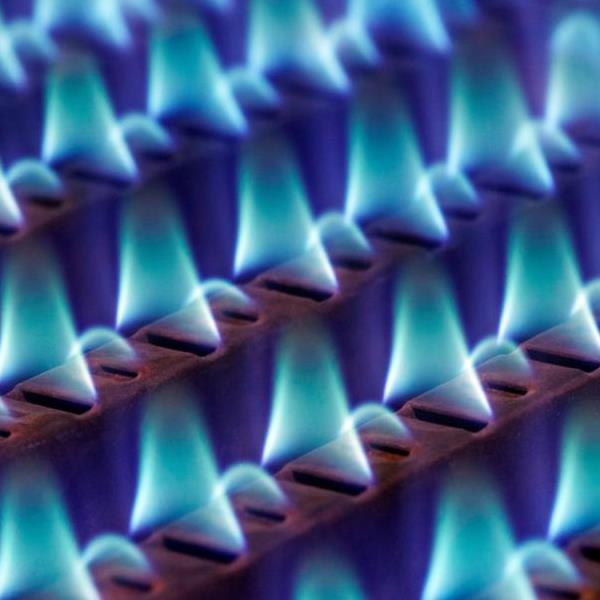 Natural Gas Rises In Wake Of Long-Term Weather Forecast