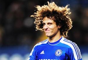 Guardiola Wants to Switch David Luiz for Luiz Gustavo, PSG Give €25 Million for Sami Khedira