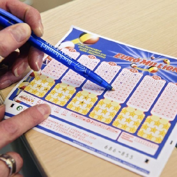 how to win the euromillions lottery jackpot
