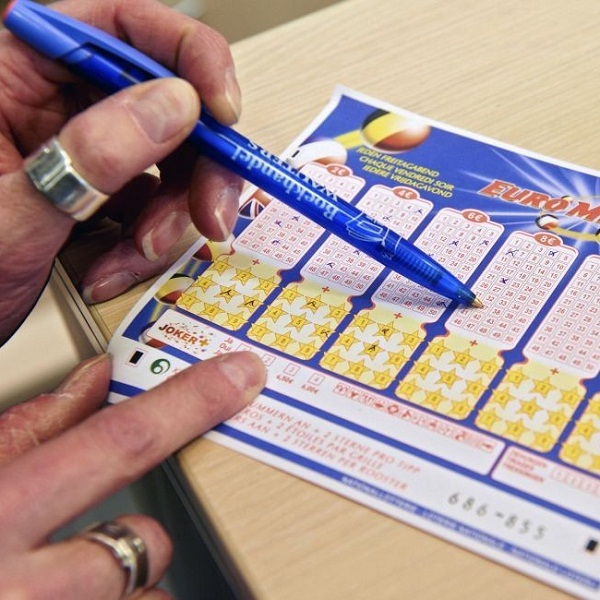 EuroMillions Jackpot Worth €180 Million on Tuesday