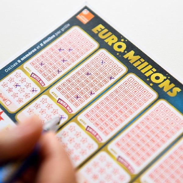 €135M EuroMillions Results for Tuesday December 19