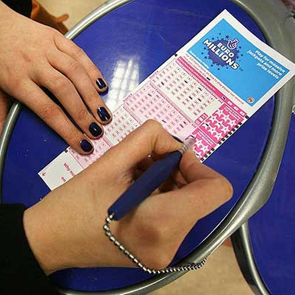 EuroMillions UK and Millionaire Raffle Results for Tuesday November 4