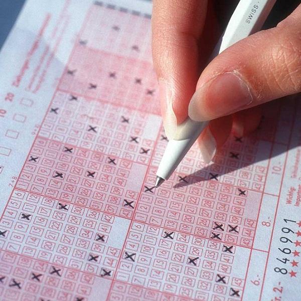 Irish Lotto Jackpot Worth €2.5 Million on Saturday