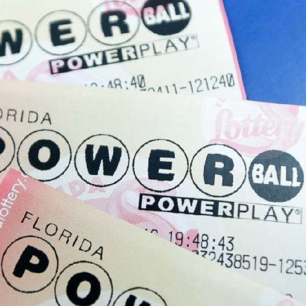The winning numbers from the Powerball draw on Saturday October 22nd were 1, 28, 33, 55, 56 and the Powerball was 22. Saturday's draw produced a total of 630,964 winning players that shared prizes worth a combined total of $5,282,842. One player matched five main numbers to win $1 million. There were 16 players that matched four of the main numbers and the Powerball, 3 had the Power Play option and won $100,000 each and the rest won $50,000 each. A further 418 players matched four of the main numbers, 88 of them had the Power Play option and they won $200 each while the remaining 330 players won $100 each. There were 1,005 players that matched three of the main numbers and the Powerball, 190 of them had the Power Play option and won $200 each while the remaining 815 won $100 each. On Wednesday players of the Powerball have the chance to win a jackpot worth $164 million which has a cash value of $109.8 million. Each entry to the Powerball costs $2 and the Power Play option costs an additional $1 per line.