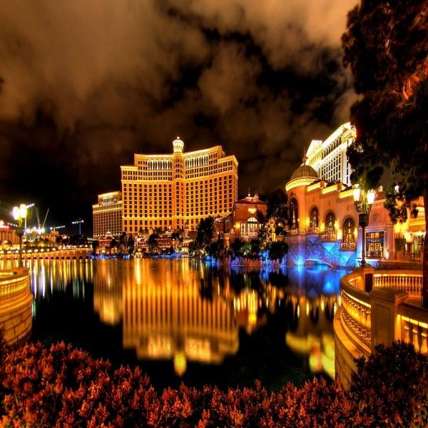 Macau Gambling Revenue Falls For Third Consecutive Quarter