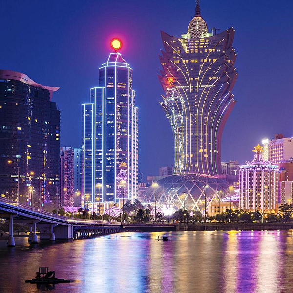 Macau Revenue Decline Slows in April