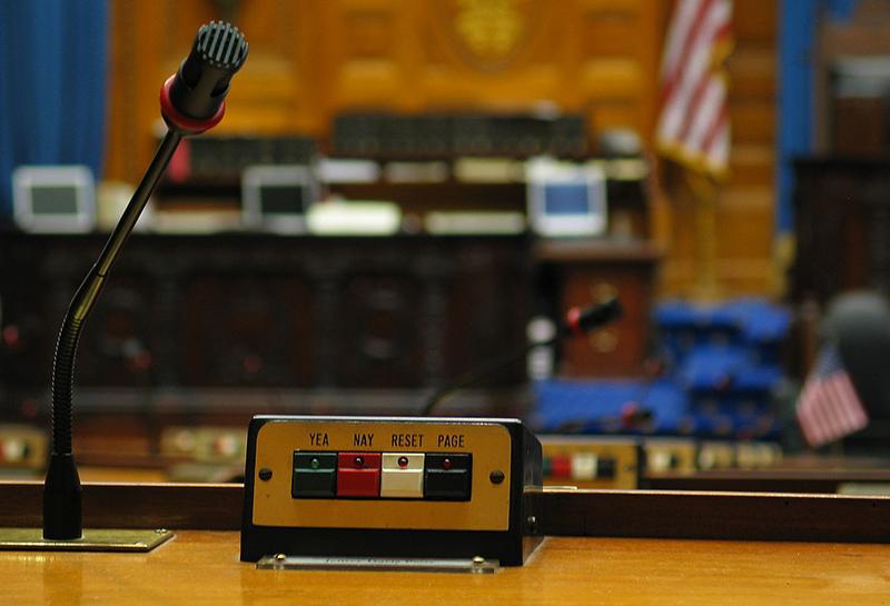 Massachusetts Considers Online Poker Legislation