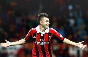 Milan Takes Honda, Arsenal Takes Higuaín, Chelsea Settles for De Rossi