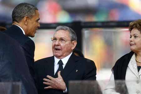 Obama-Castro Handshake May Signal Expanded Gambling in South Florida