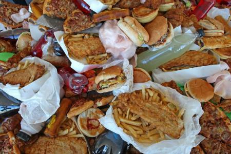 Online Video Games Encourage Junk Food Consumption