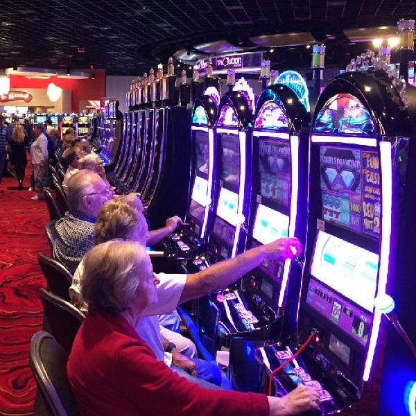Plainridge Opens Its Doors as Massachusetts First Casino