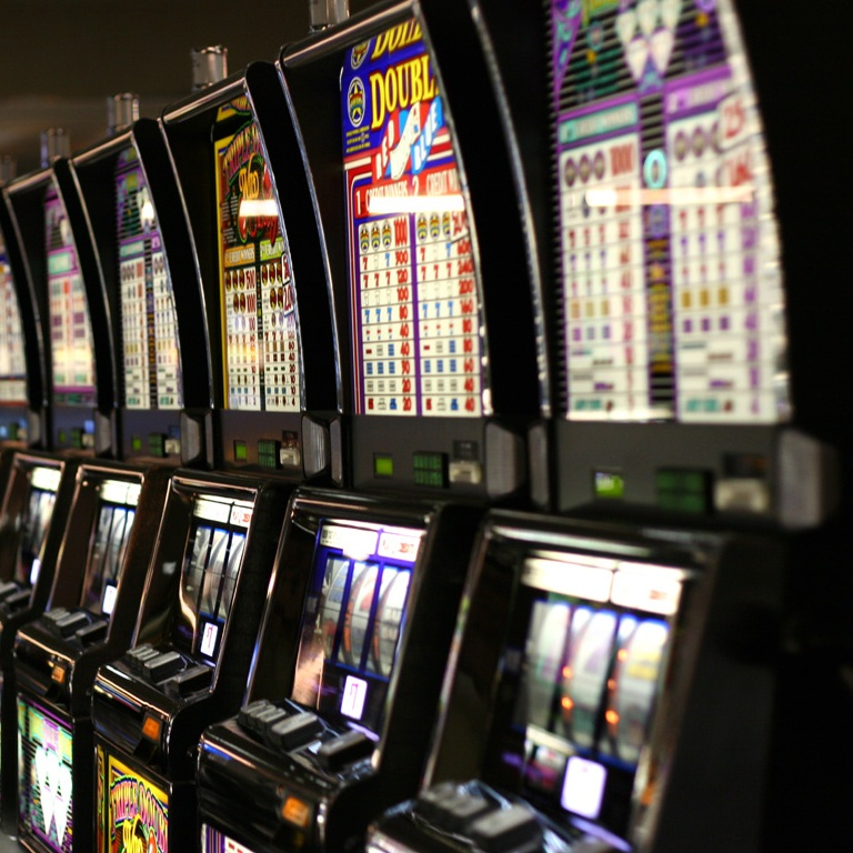 New South Wales Gamblers Bet $73 Billion on Pokies