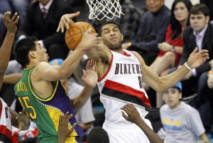The Portland Trail Blazers host the New Orleans Hornets on Sunday night and the home team look set for a victory