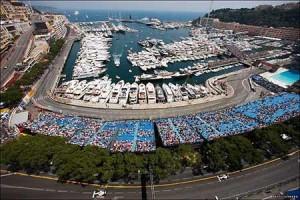 Rosberg and Hamilton Fight For Win in F1 Monaco Grand Prix