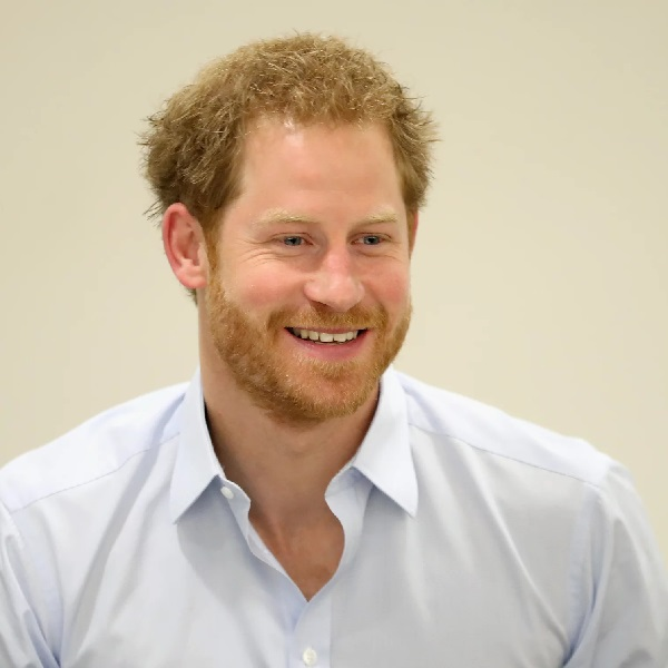Bookies Slash Odds on Royal Engagement This Year