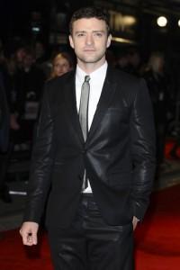 Justin Timberlake has taken a crash course in online gambling ahead of his next film.