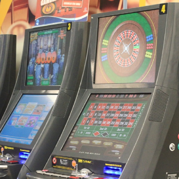 Experts Warn UK Government Likely to Restrict FOBT Stakes