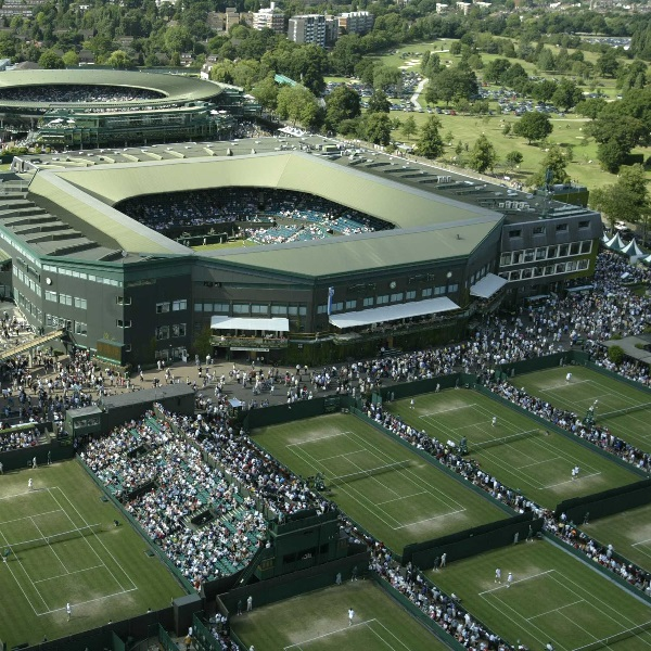 Wimbledon 2015 Gets Underway as Punters Back their Favourites