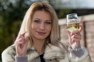 Woman Wins £240,000 from 20p Bet