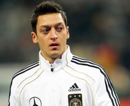 Europe's Clubs Closing Last Deals, Arsenal Makes Stunning Offer for Mesut Özil Before Transfer Window Ends