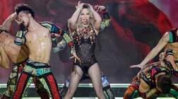 Britney Spears Wows Fans in Las Vegas Opener