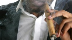 Calls for Smoking Ban at Casinos in Pennsylvania and New Jersey