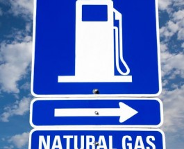 Natural Gas Falls Due to Mild Weather Forecast