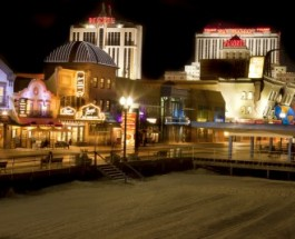 Enjoy Outdoor Gambling at the Golden Nugget Casino
