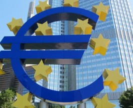 EUR/USD Falls as Dollar Continues to Strengthen