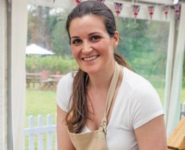 Bookies Make Sophie Favourite to Win Great British Bake Off