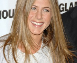 Jennifer Aniston Announces Engagement to Justin Theroux