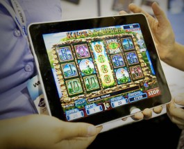 New iPad Mini is Perfect for On-The-Go Gambling