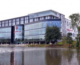 £150 Million Resorts World Casino opens in Birmingham