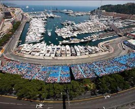 Rosberg and Hamilton Fight For Win in F1 Monaco Grand Prix