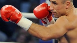 Arthur Abraham Wins by Controversial Judges Decision