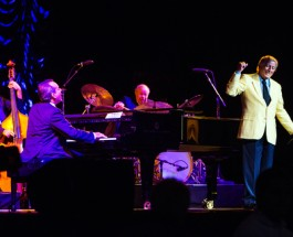 Tony Bennett Performs in Atlantic City