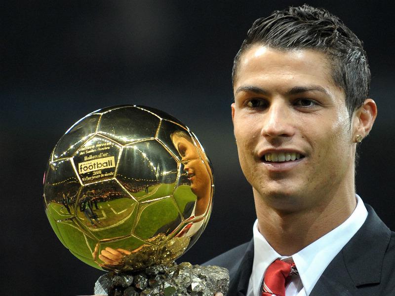 Cristiano Ronaldo Awarded 2014 FIFA Ballon d�Or
